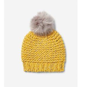 Accessories - 🍂 Fur Pom Pom Beanie Hat